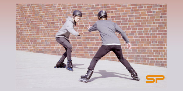 Learn to rollerblade with Spokey: Breaking