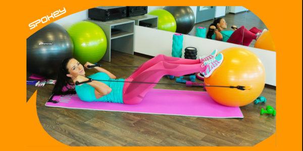 Jak cvičit na gymnastickém míči s expandéry