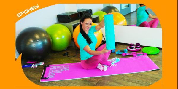 Jak cvičit s masážním a fitness válcem
